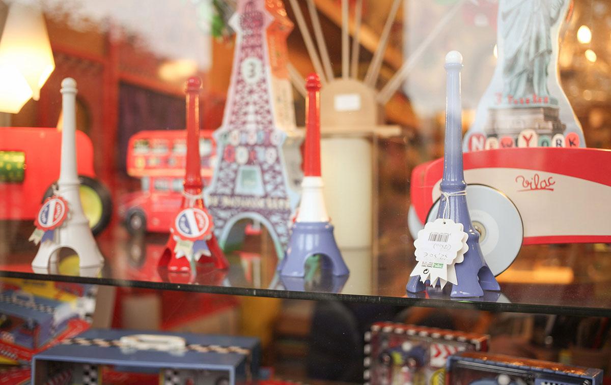 wieza eiffla , pamiątki z Paryża